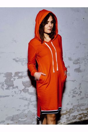 Comfy Copenhagen - Hoodie Dress - Red