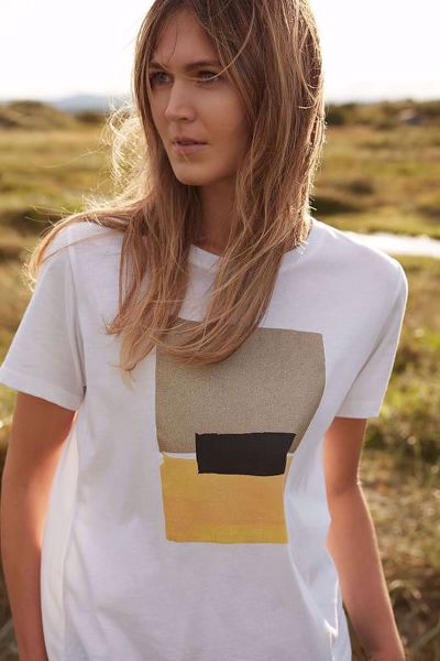 d6ea5c72 Katrin Uri-Summer love T-shirt-Yellow - Britt-Ninas - Dame- og ...