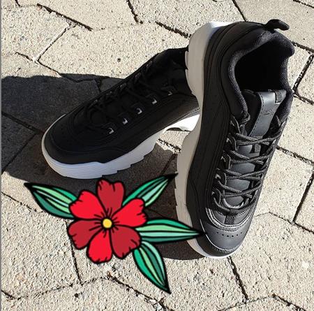 Duffy  - Sneakers - Sorte og hvite
